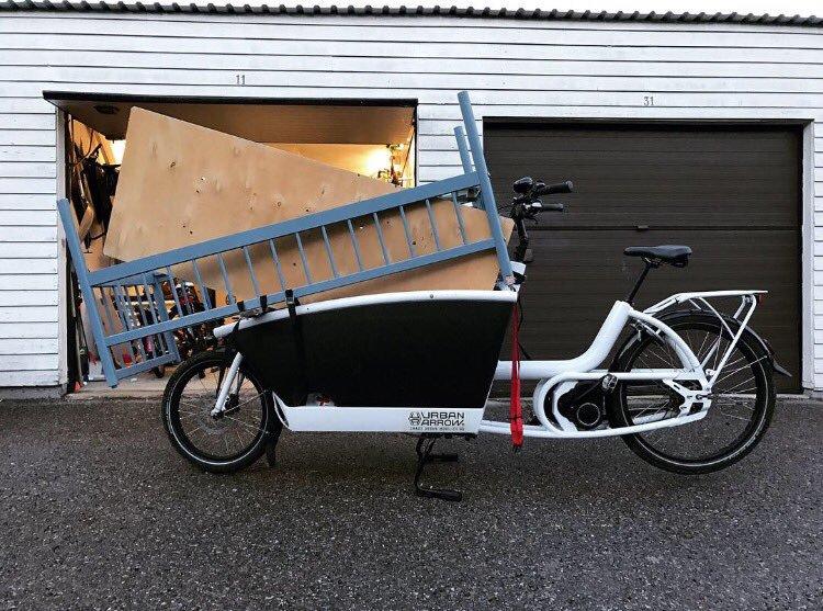 Anne Hidalgo et la qualité de l' air à Paris  On-transporte-tout-en-velo-cargo-1